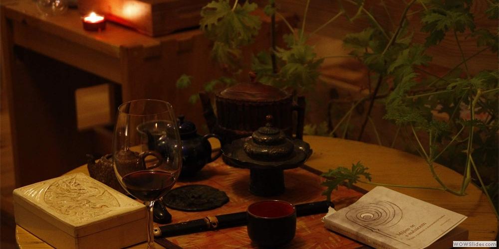 čaj, víno, poezie